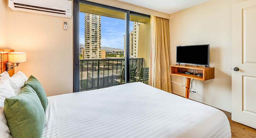 Another Bedroom at One Bedroom City Mountain View at Bamboo Waikiki Hotel