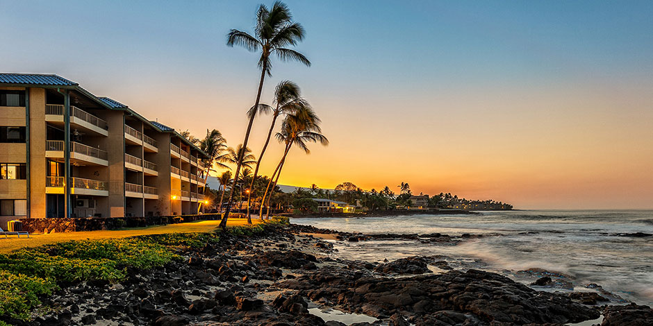 Exterior evening view of Kona Reef Resort