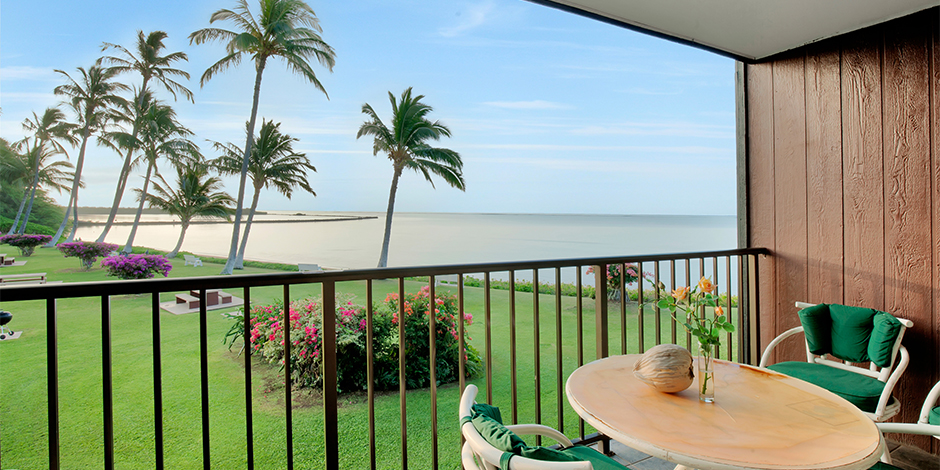 Ocean view from a 1-Bedroom Oceanfront lanai at Molokai Shores