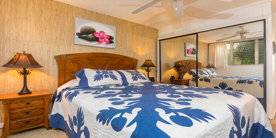 Bedroom at Polynesian Shores