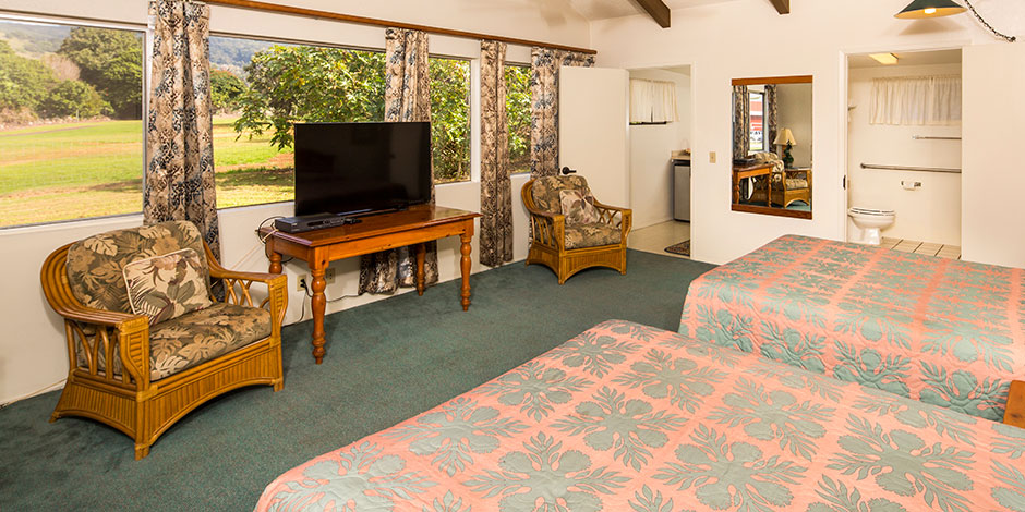Interior room view of Waimea Country Lodge