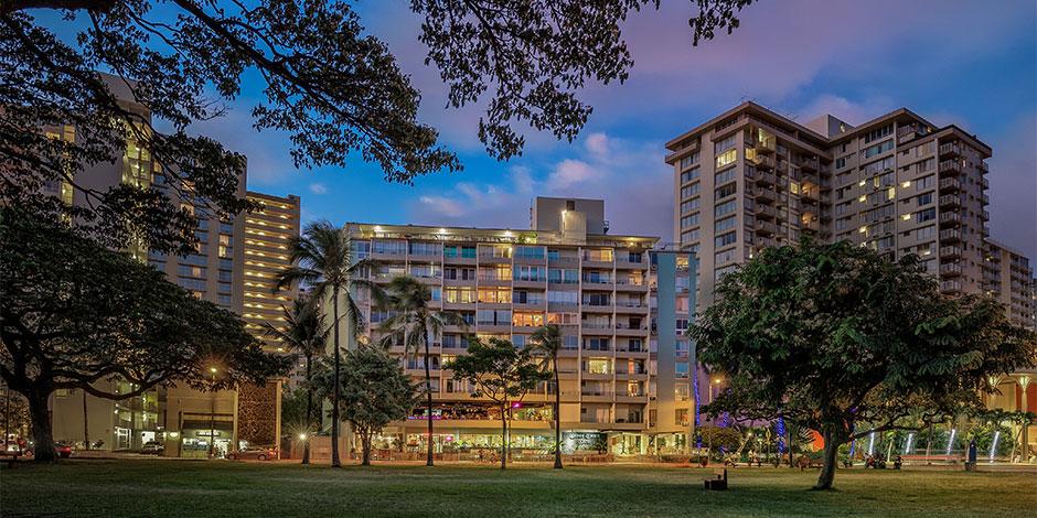 Night Time Waikiki Grand Hotel Exterior