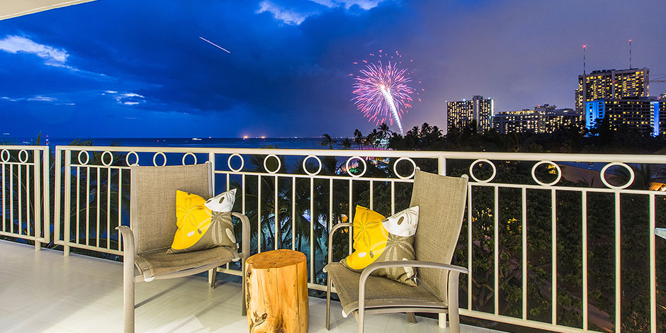 Fireworks view Waikiki Beach from lania at Waikiki Shore