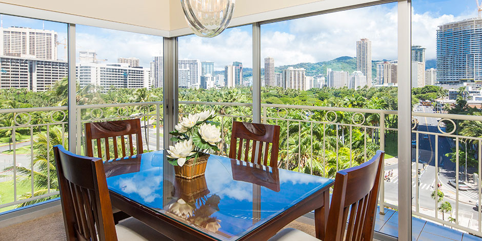 Dinig Table with a view at the 2 bedroom Deluxe Ocean View at Castle Waikiki Shore